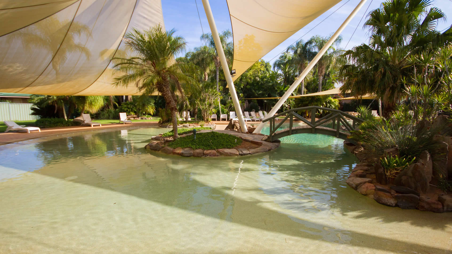 Facilities | Outdoor Pool | Sunraysia Resort